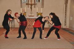 Tanz im Gottesdienst zu Hebräer 12,1-2